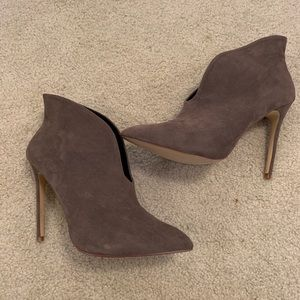 Shoes - Stiletto Booties